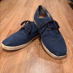 Blue Toms Laceup sneakers